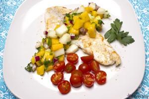 fish, mango salsa, tomatoes