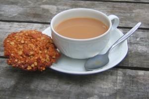 cup-of-tea-1321297-639x392