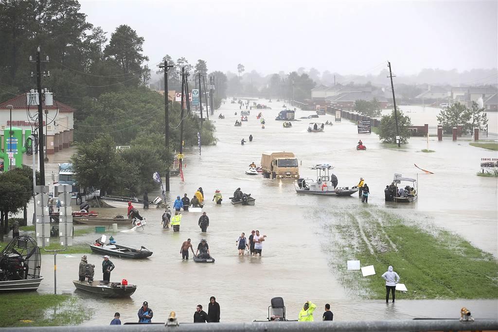 hurricane harvey houston - Boston Moms Blog