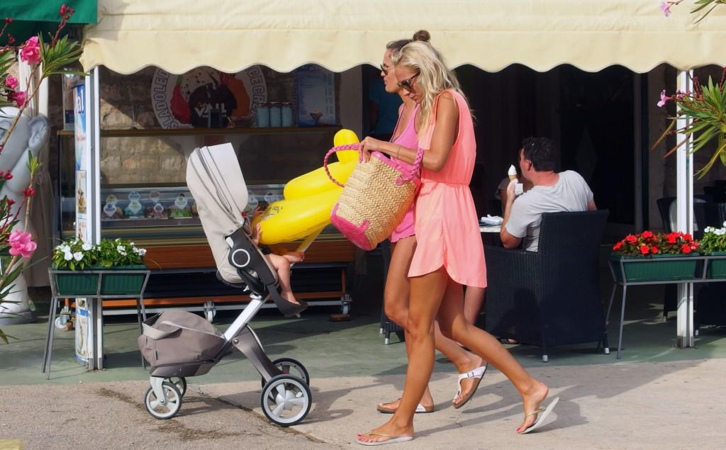 mommy blogger - Boston Moms Blog