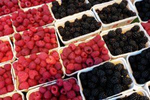 raspberries-2676808_1920
